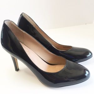 Corso Como black leather pumps. Size 8.5.